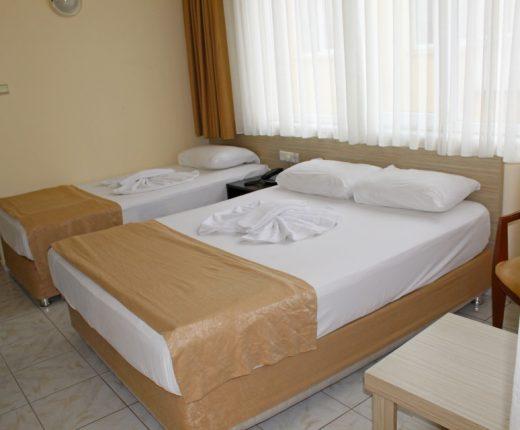 Kleopatra Bavyera hotels-Triple Oda 03